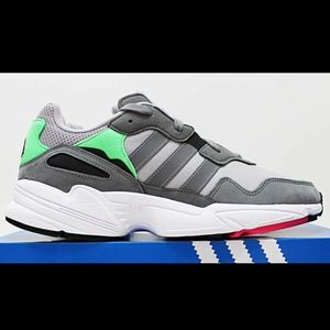 NIB ADIDAS Yung-96 Men's Gray Mint Pink Sneakers